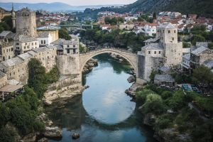 Stari most u mostaru photo Sulejman Omerbasic za Novo vrijeme i FIDAN tours